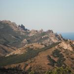 Вид на Карадаг со склона Эчки-Дага