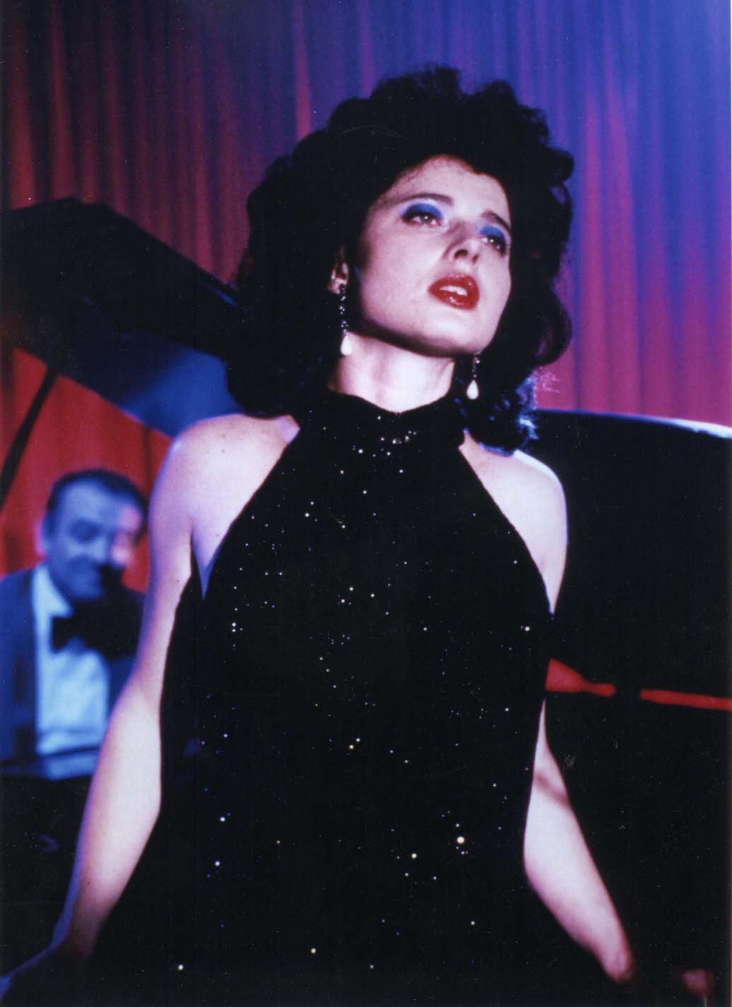 She wore blue velvet movie